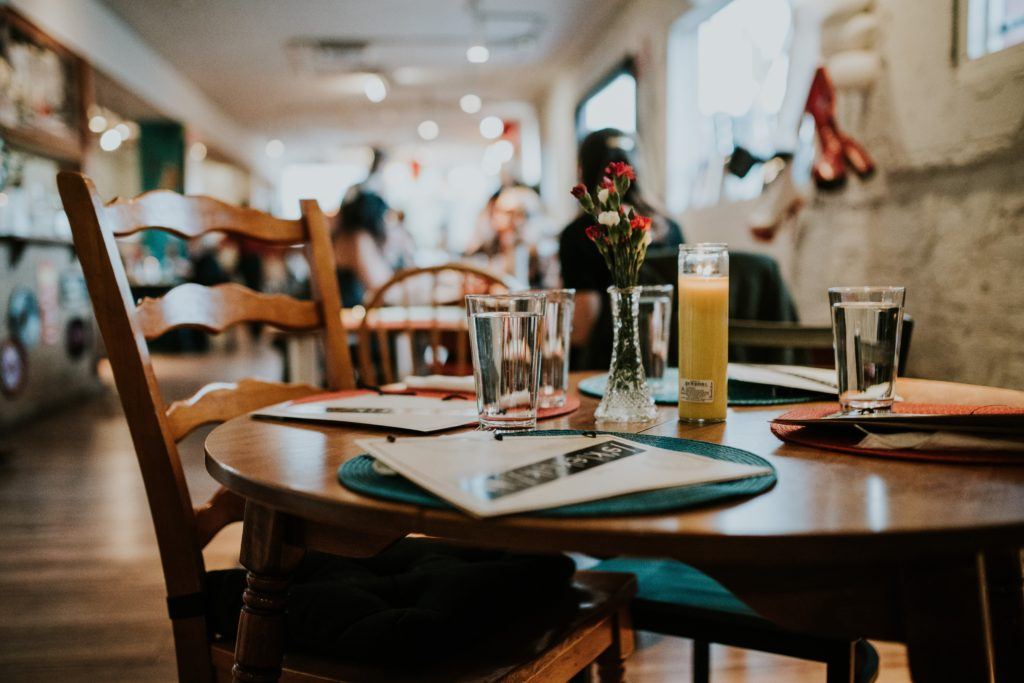 Mighty Well | chronic illness | food sensitivities | cooking hacks | communicate food needs at restaurants